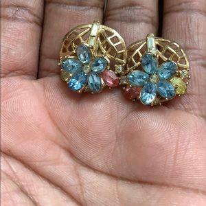 Crown Trifari flower gold tone earrings
